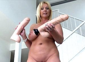 big ass bubbled pussy milf hentai